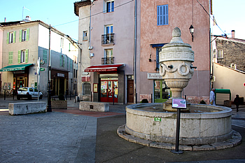 T-mairie-place-fontaine_IMG_2608