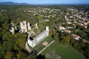 valbelle-chateau-colonnes_1000x667